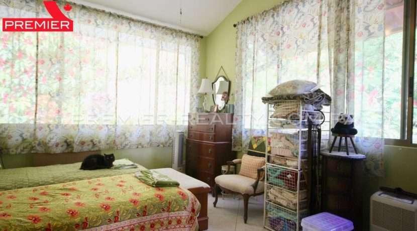 C1910-021 - 67 panama real estate