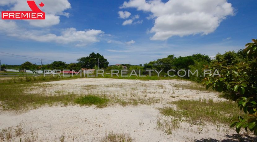 L1907-311 - 3 panama real estate
