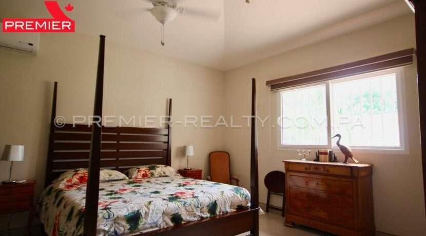 C1910-281 - 63 panama real estate