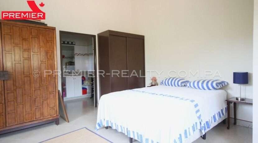 C1910-281 - 70 panama real estate