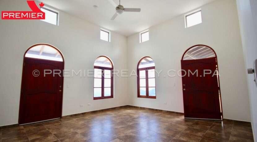 C1911-041 - 43 panama real estate