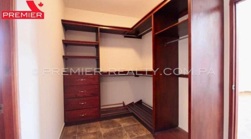 C1911-041 - 45 panama real estate
