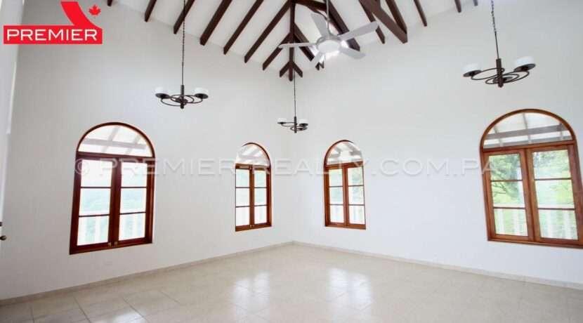 C1911-041 - 62 panama real estate