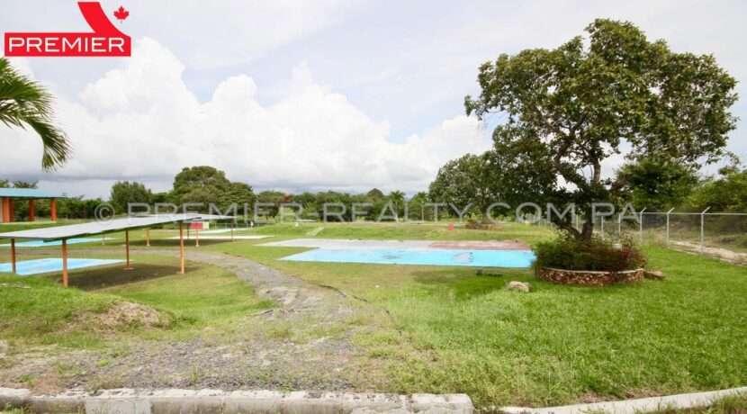 L1910-282 - 26 panama real estate