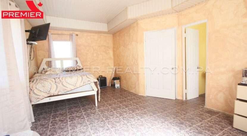C1912-021 - 43 panama real estate
