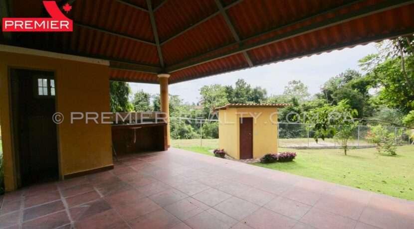 C1911-301 - 15 panama real estate