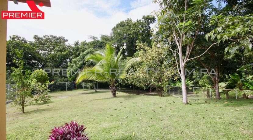 C1911-301 - 18 panama real estate