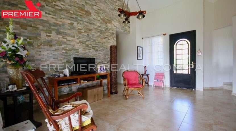C1911-301 - 33 panama real estate