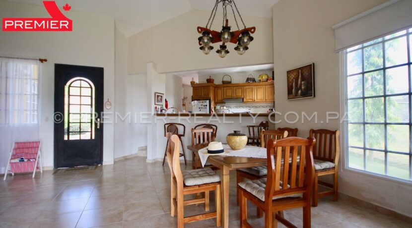C1911-301 - 35 panama real estate