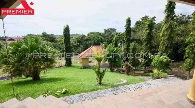 C1911-301 - 8 panama real estate