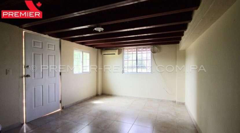 C1911-301 - 9 panama real estate