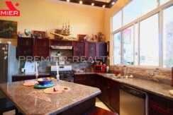 C2001-031 - 44 panama real estate