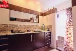 C2001-031 - 54 panama real estate