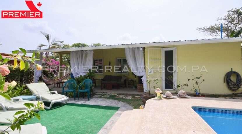 C2002-051 - 20 panama real estate