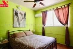 C2002-051 - 40 panama real estate