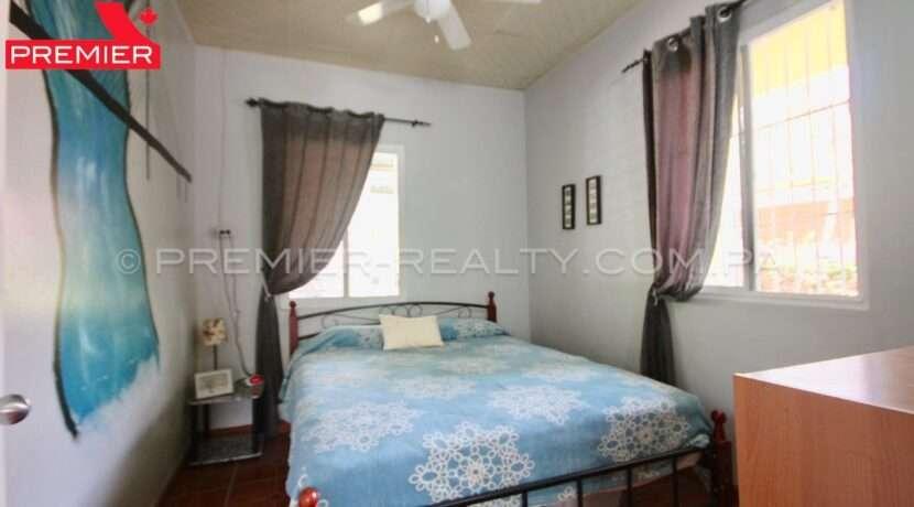 C2002-051 - 45 panama real estate