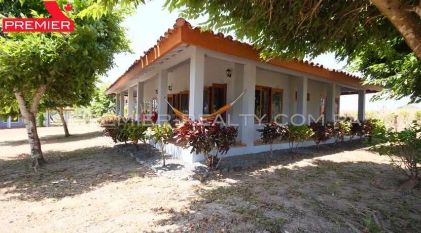 C2003-081 - 14 panama real estate