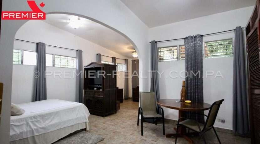 C2002-291 - 34 panama real estate