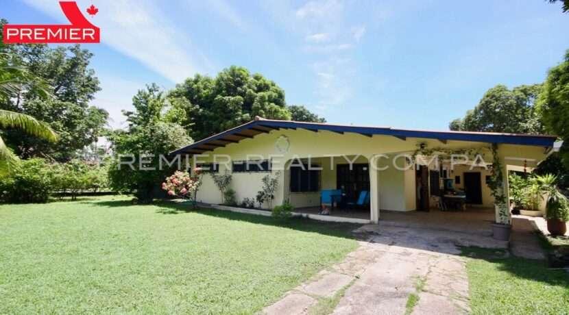 OUTSIDE C2002-291 - 3 panama real estate