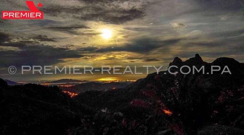 C2008-241 - 4 panama real estate