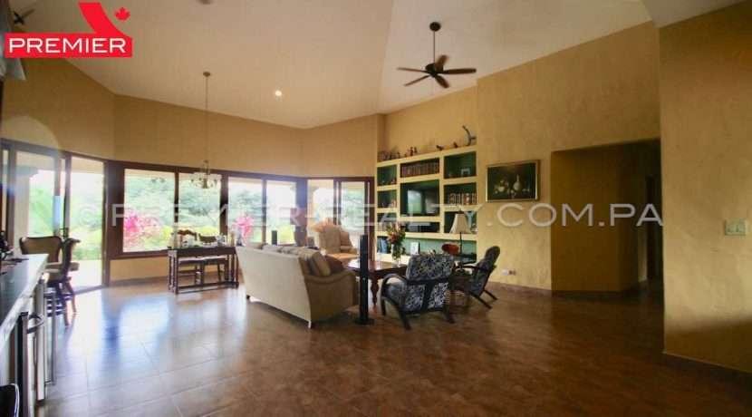 PRP-C2011-271 - 18-Panama Real Estate