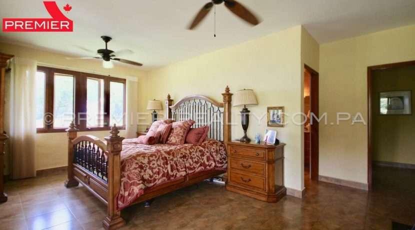 PRP-C2011-271 - 43-Panama Real Estate