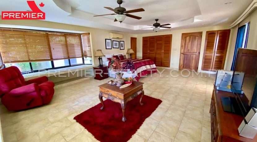 PRP-C2102-241 - 12Panama Real Estate