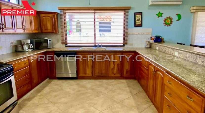 PRP-C2102-241 - 4Panama Real Estate
