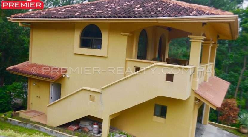 C1809-111 - 10 panama real estate