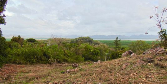 LAND WITH UNOBSTRUCTED VIEWS