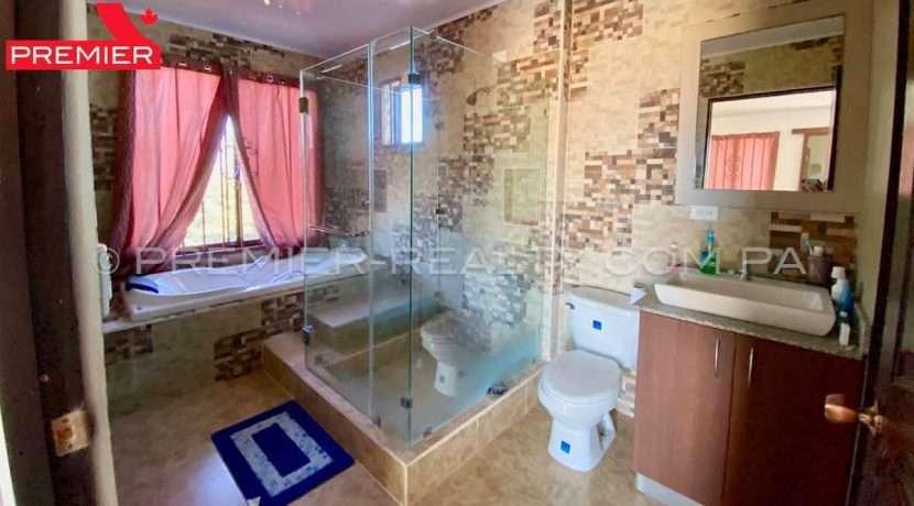 PRP-C2103-051 - 30-Panama Real Estate
