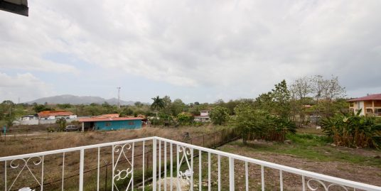 NEW HOUSE IN COLONCITO