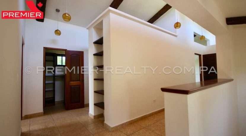 PRP-C2107-201 - 38-Panama Real Estate